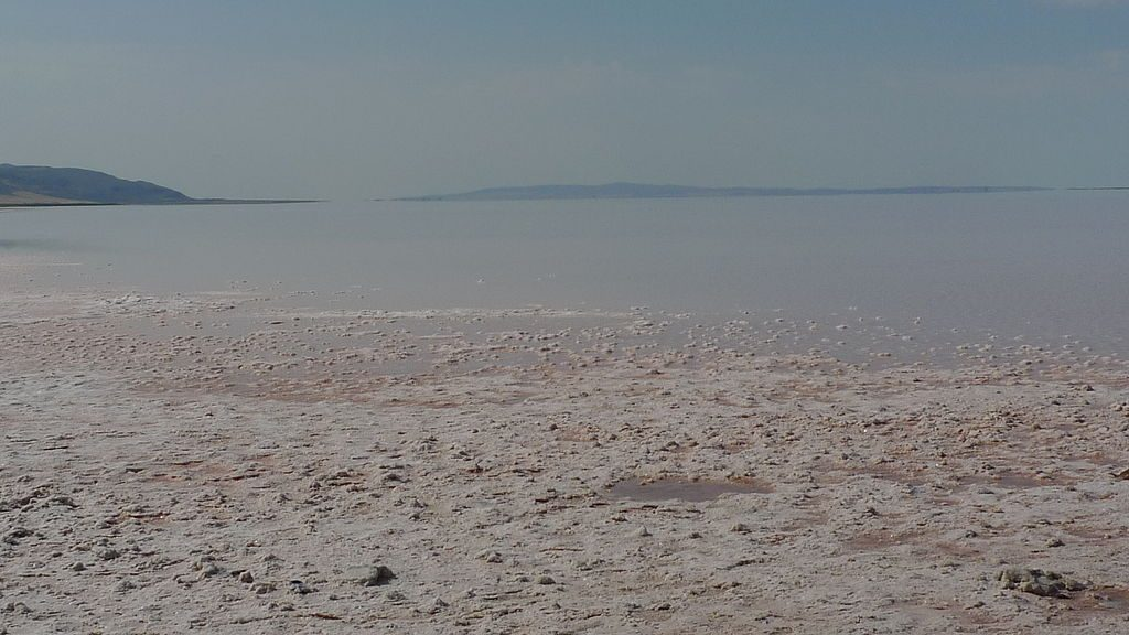 Lake Tuz, second largest lake in Turkey that is made of salt. This is a popular Cappadocia tour for a day trip.