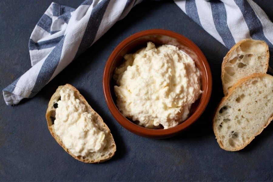 Kajmak cheese: balkan foods