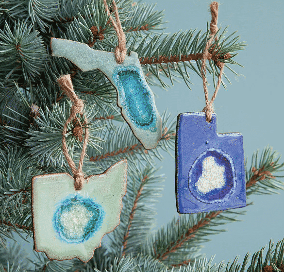 Stone shaped state ornaments. Unique gifts for travelers.